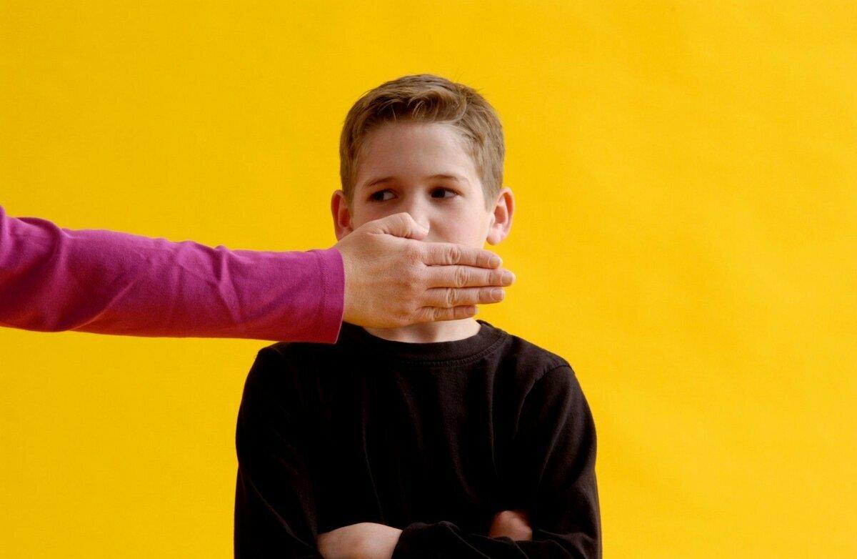 Ребенок ругается матом – что делать