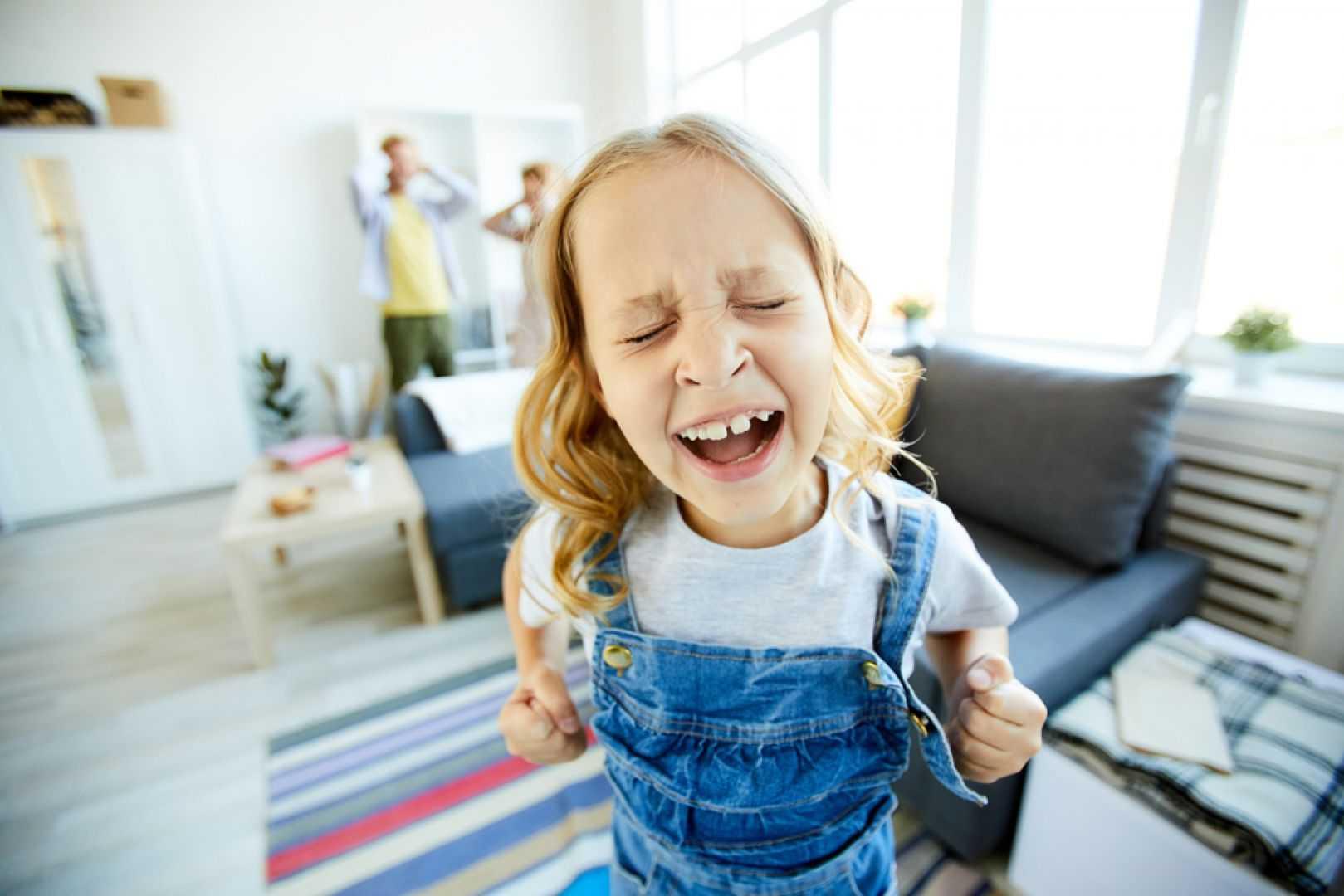 Истерики у ребенка в 4 года  | уроки для мам