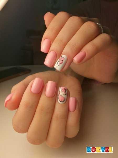 Маникюр в роддом (12 фото): можно или нельзя идти в роддом с накрашенными ногтями на руках?