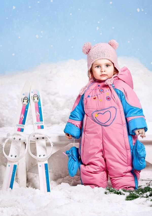 Как одевать новорожденного зимой?: правильно одеваемся на прогулку, список вещей и рекомендаций