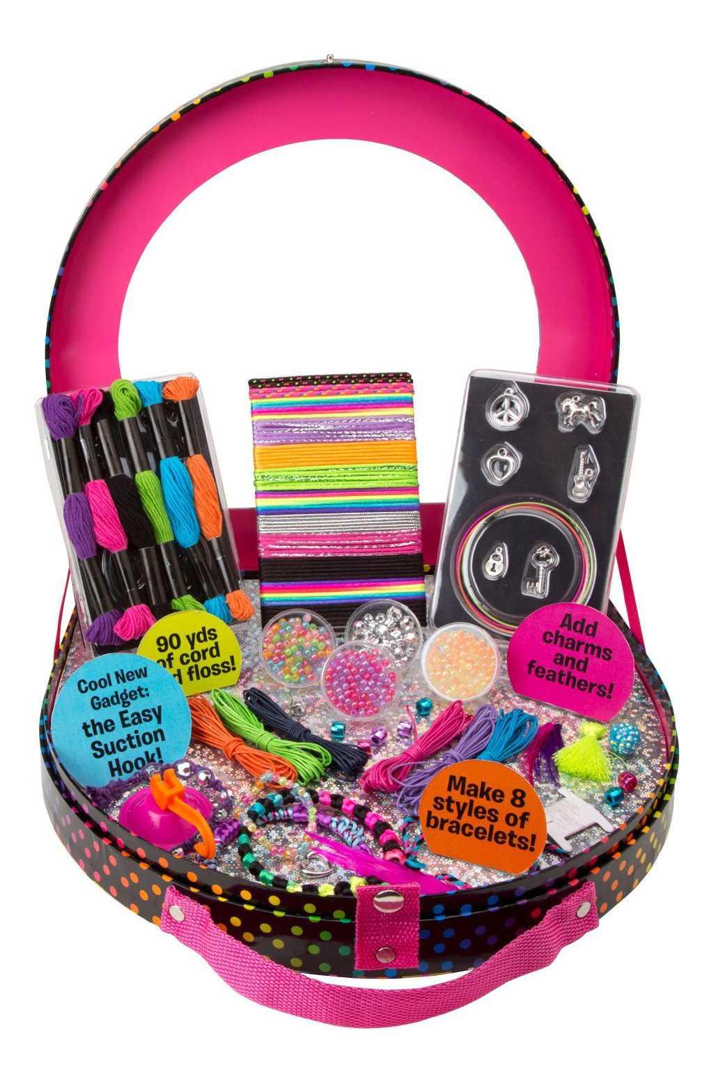 Что подарить девочке на 3 года: 100 идей отличных подарков