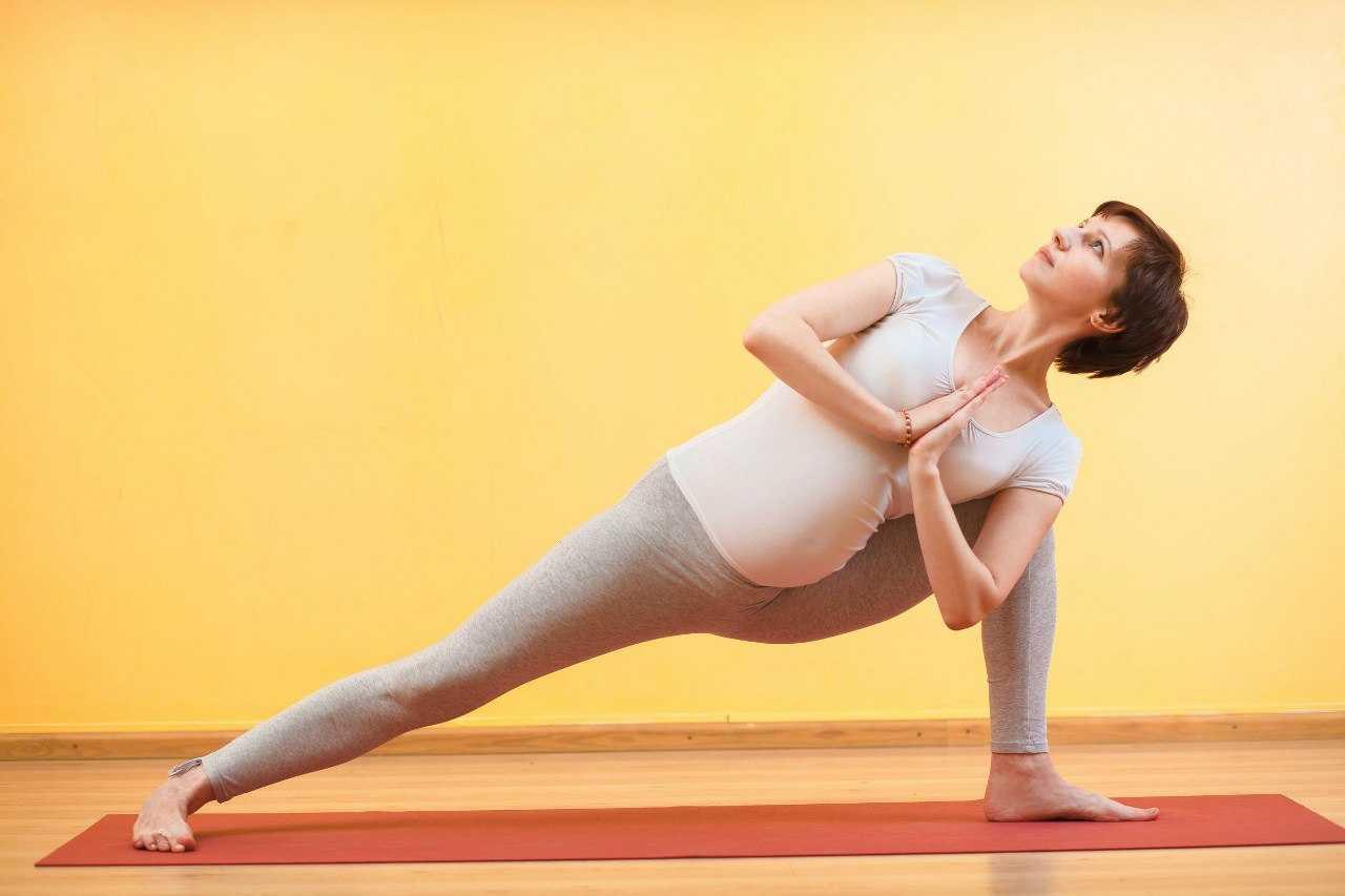 Дыхательная гимнастика при беременности в 1, 2 и 3 триместрах: как правильно дышать беременным?