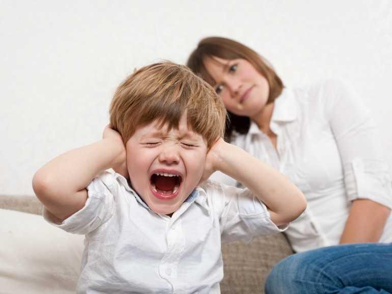 Агрессия у ребенка 7 лет: советы психолога, занятия с детьми 6-7 лет, что делать если не слушается, как найти общий язык