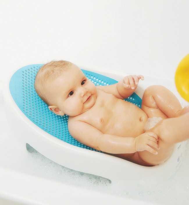Травы для купания новорождённых: как заварить и меры безопасности