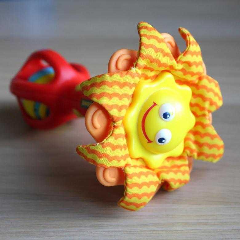 Погремушки бренда tiny love: солнышко и цветок, подсолнух, заяц и малая супер звезда