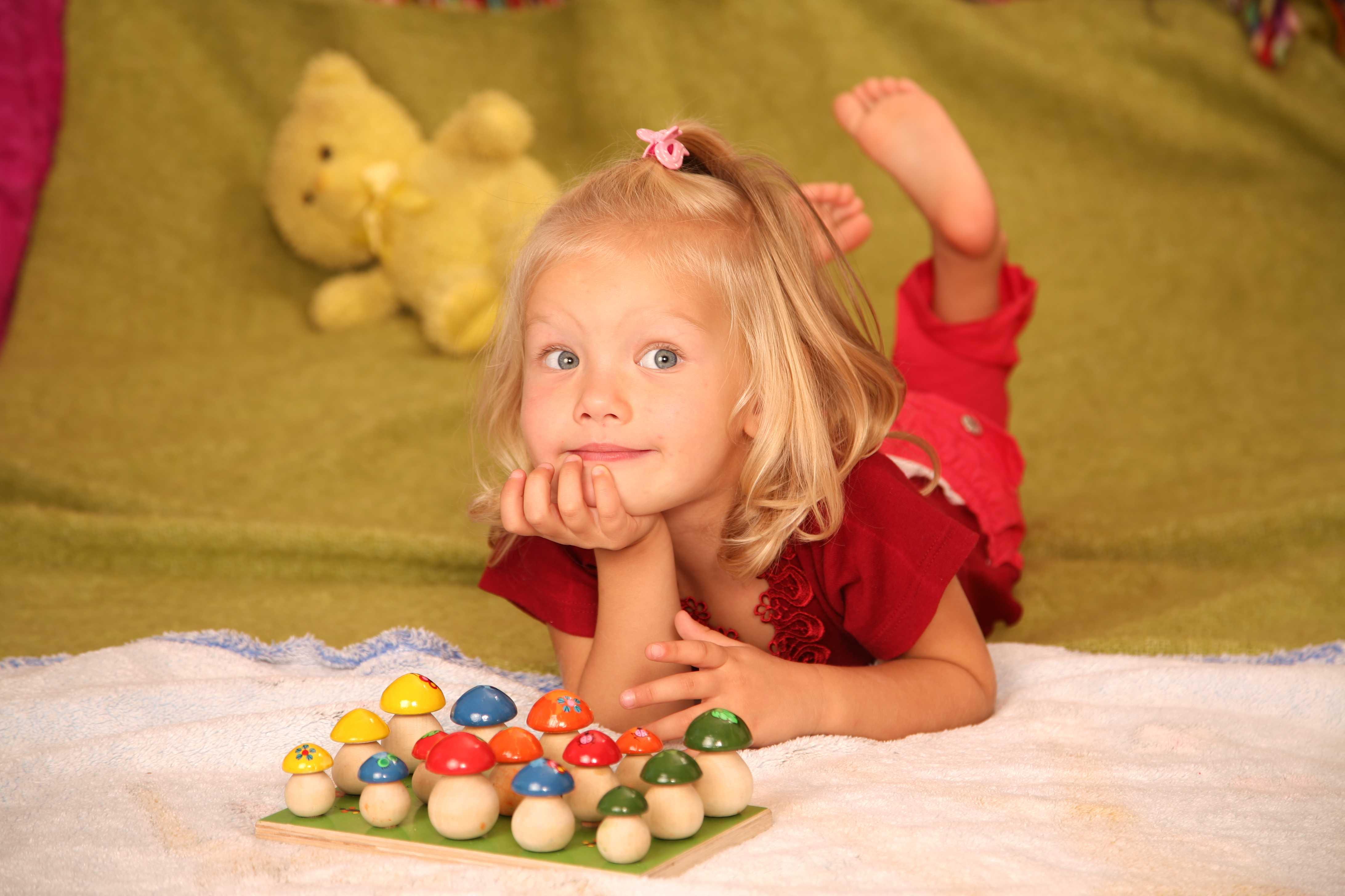 Как научить ребенка не жадничать?