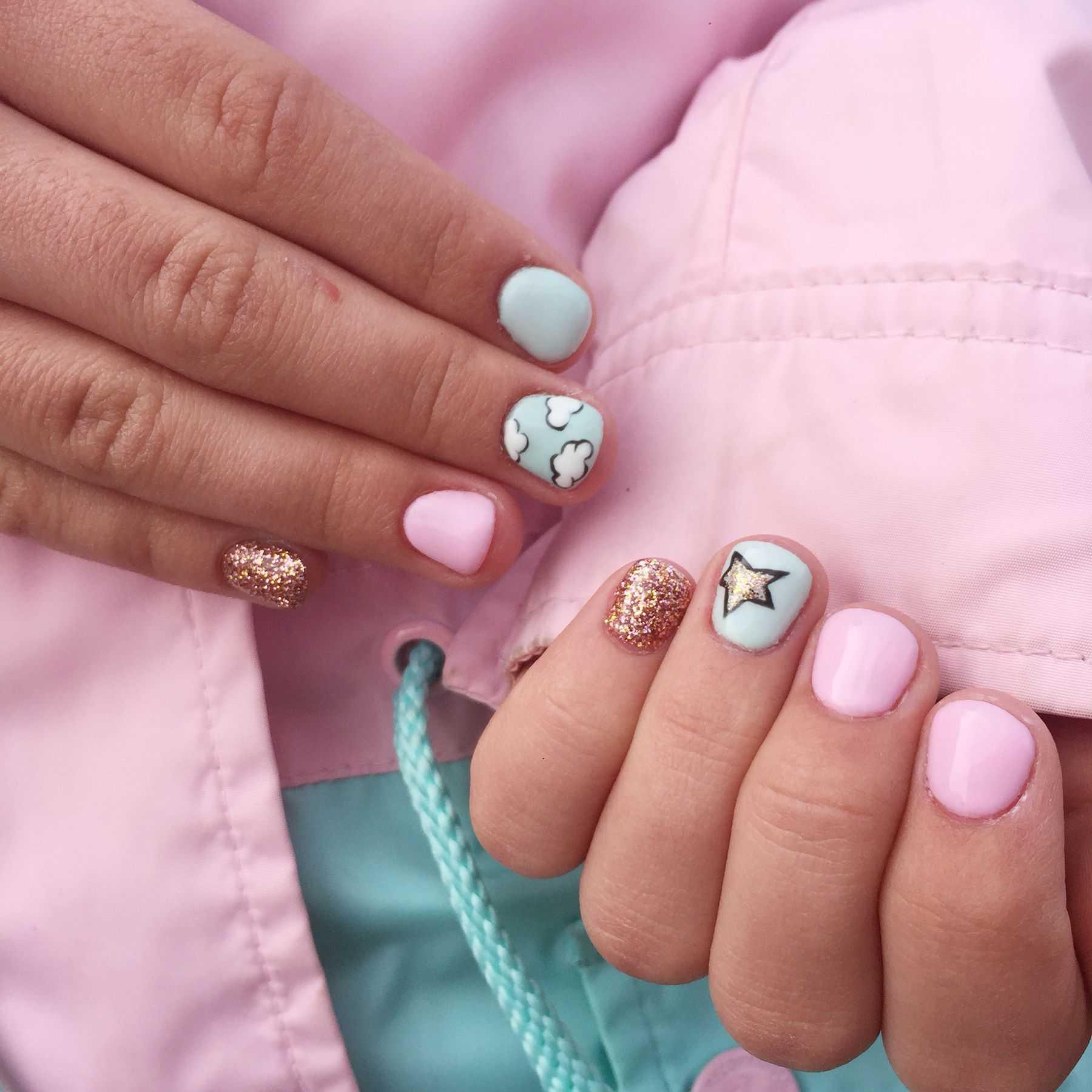 С какого возраста можно нарастить ногти и делать маникюр? 22 фото во сколько лет можно отращивать ногти девочкам?