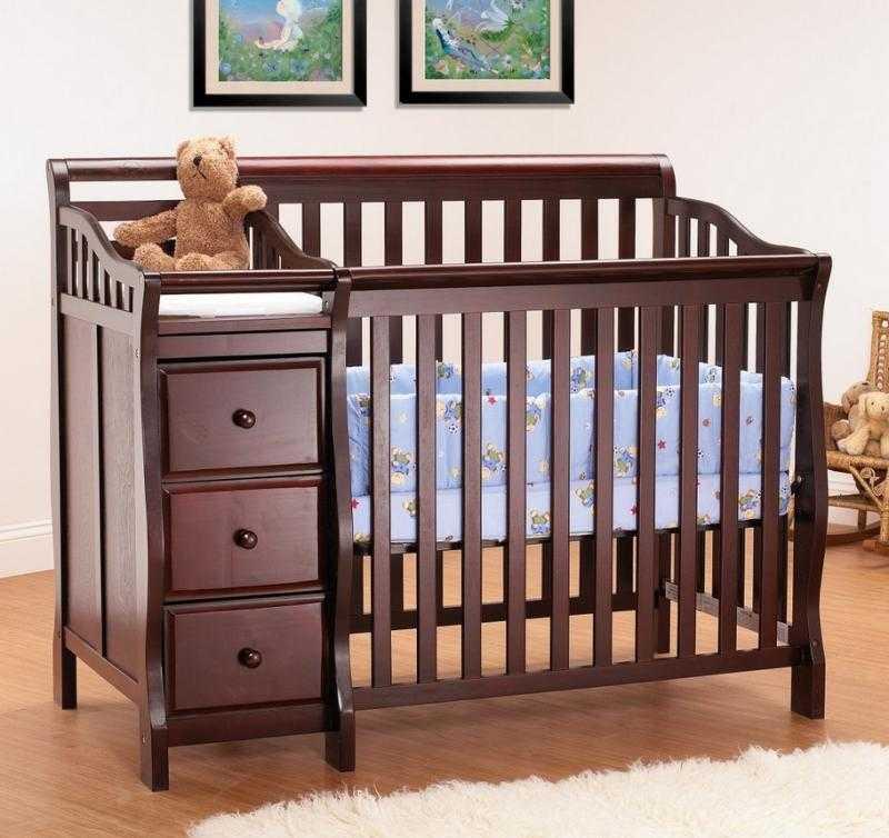 Детские кровати от 3 лет (62 фото): односпальные кроватки для детей от трех лет, складные модели для двойни из италии