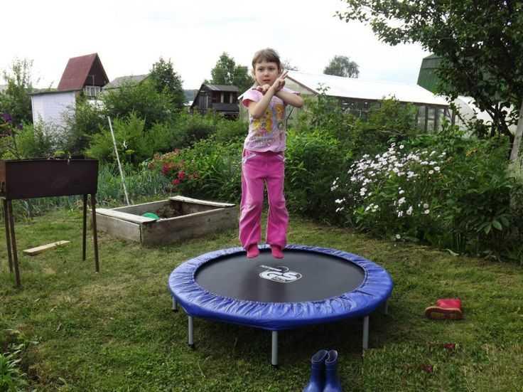 Летние игры для детей - на даче и на море. идеи занимательных игр на свежем воздухе