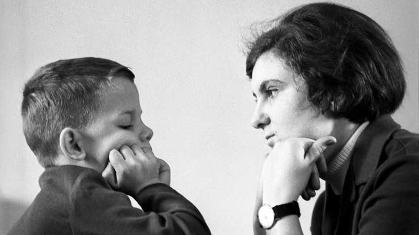 10 советских правил воспитания детей | mixnews