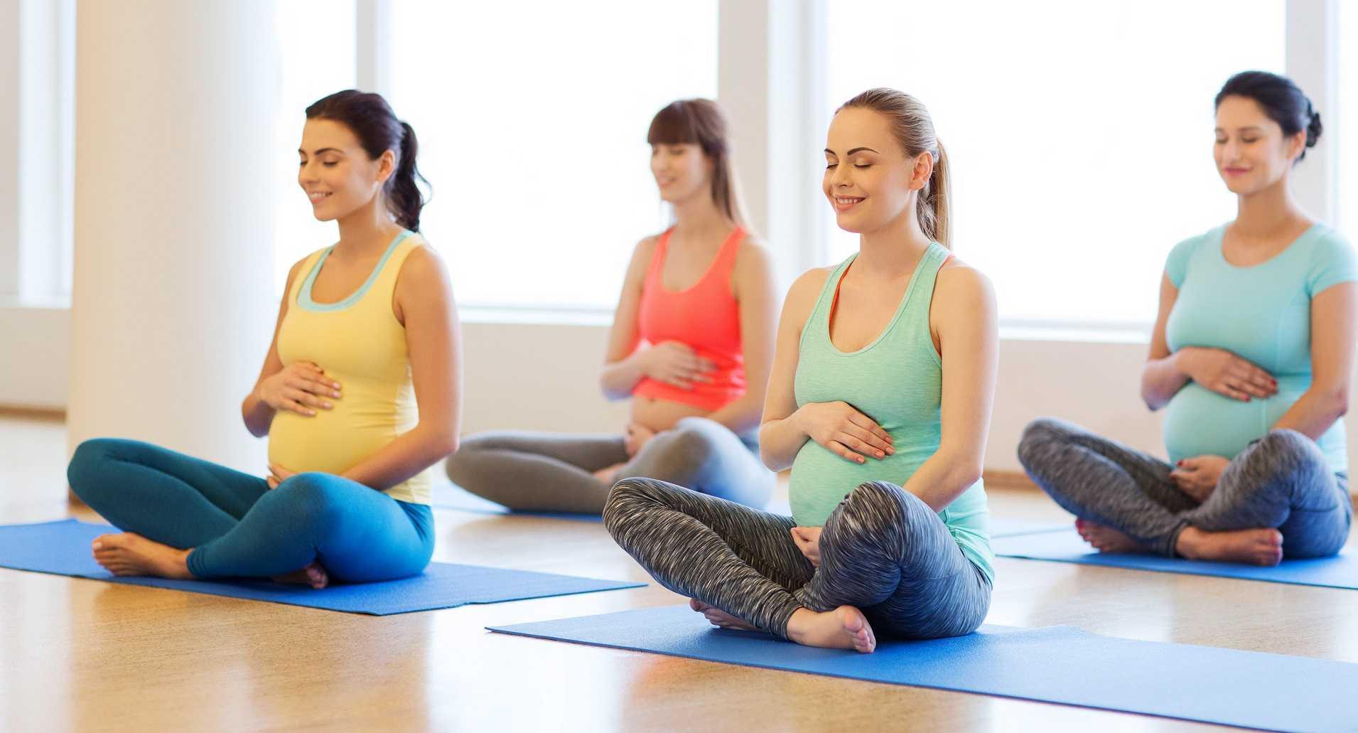 Йога для беременных на 3 триместре: основные асаны