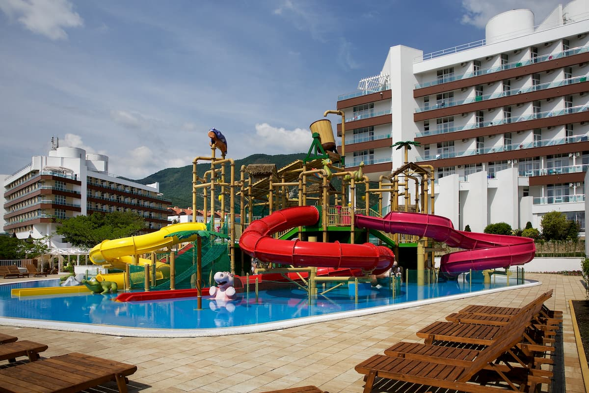 Семейные отели для зимнего отдыха в сочи с детьми