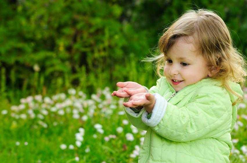 Стоит ли паниковать, если у ребёнка появился воображаемый друг? | ребёнок занят | яндекс дзен