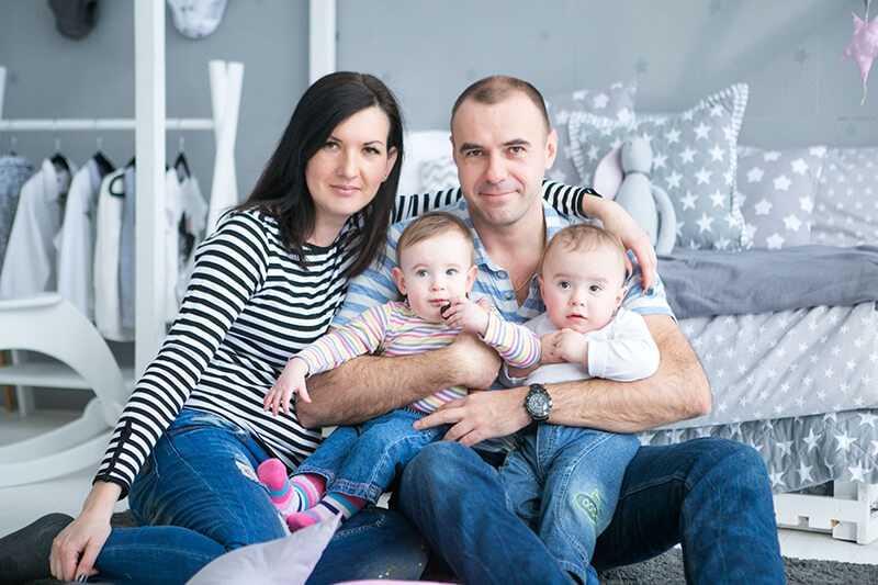 Уход за новорожденными двойняшками — главные советы молодой маме. лучшие позы для одновременного кормления двойняшек