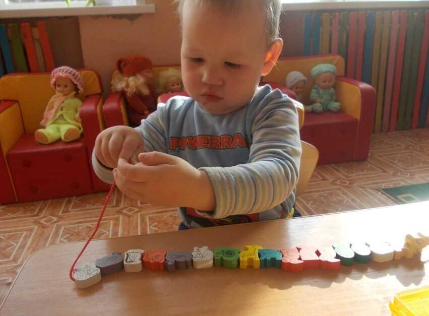 Игры с ребенком от 2,5 лет. развитие мелкой моторики и не только – жили-были