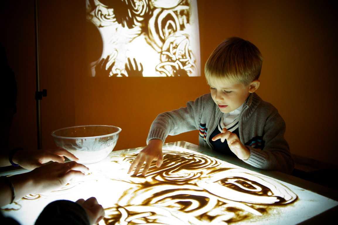 Стол для рисования песком, инструкция по изготовлению своими руками