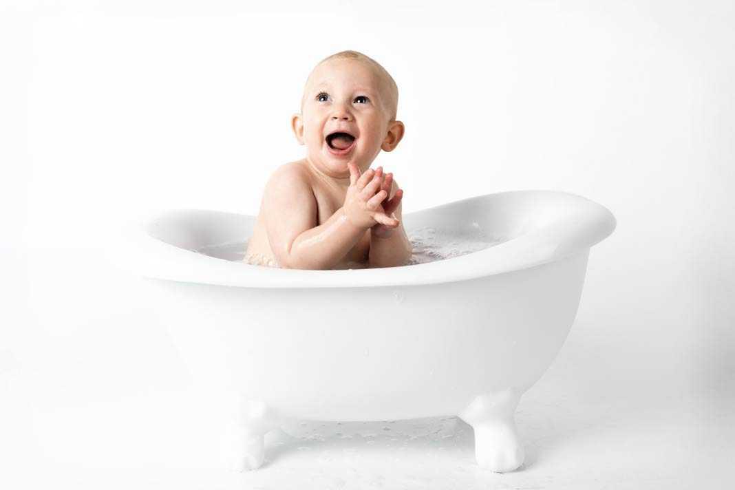 Ребенок боится купаться в ванной, что делать