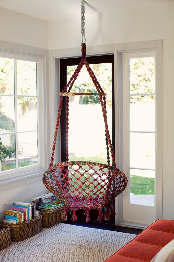 Кресло-качалка для новорожденных — функциональная и удобная мебель для детей (90 фото)