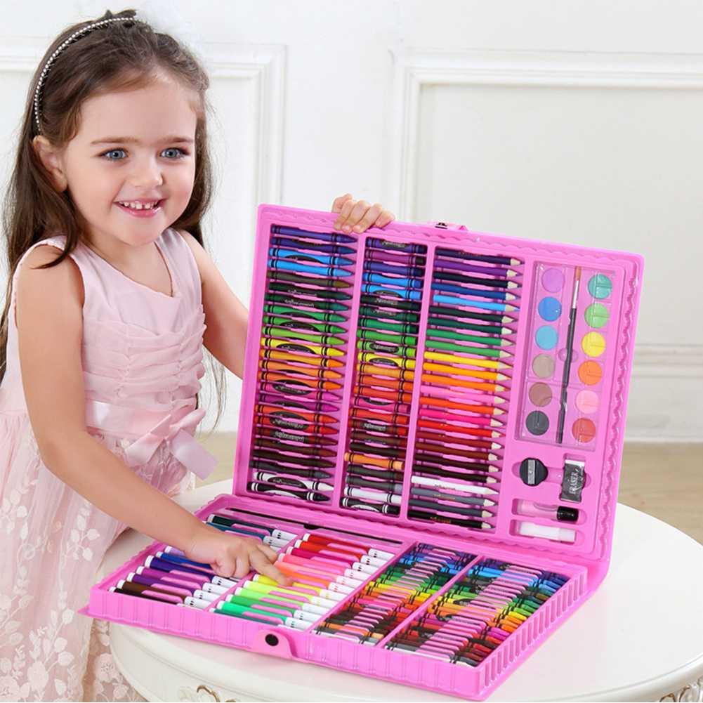 Что подарить девочке на 4 года на день рождения?