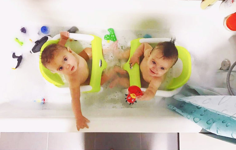 Лучшие стульчики для купания ребенка в ванне на 2020 год
