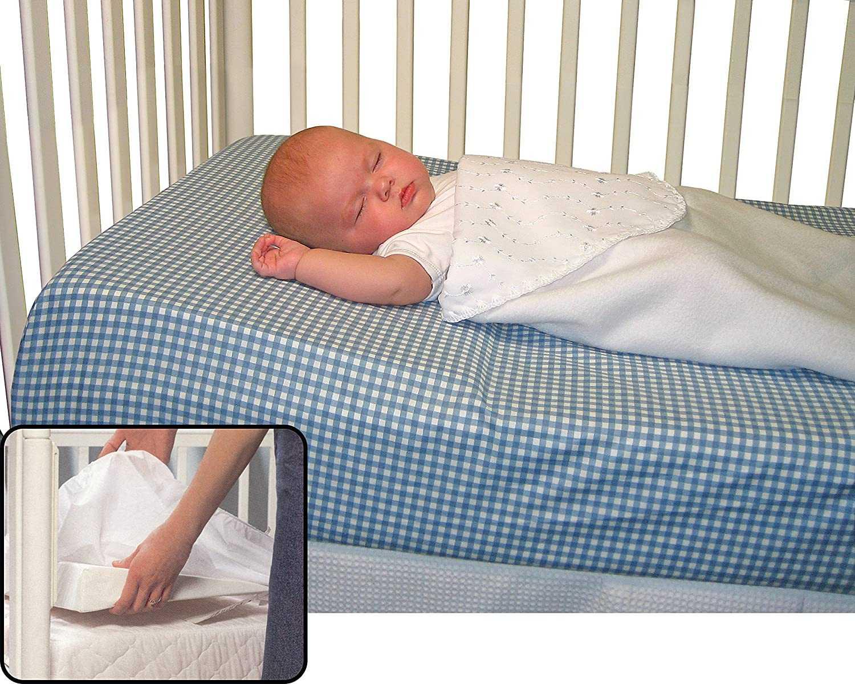 Когда ребенку можно спать на подушке: нужна ли новорожденному, правила и советы выбора, видео