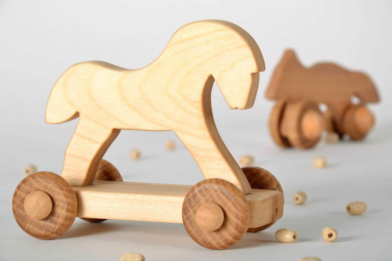 Игрушки из фанеры: инструменты и вспомогательные элементы, тонкости изготовления