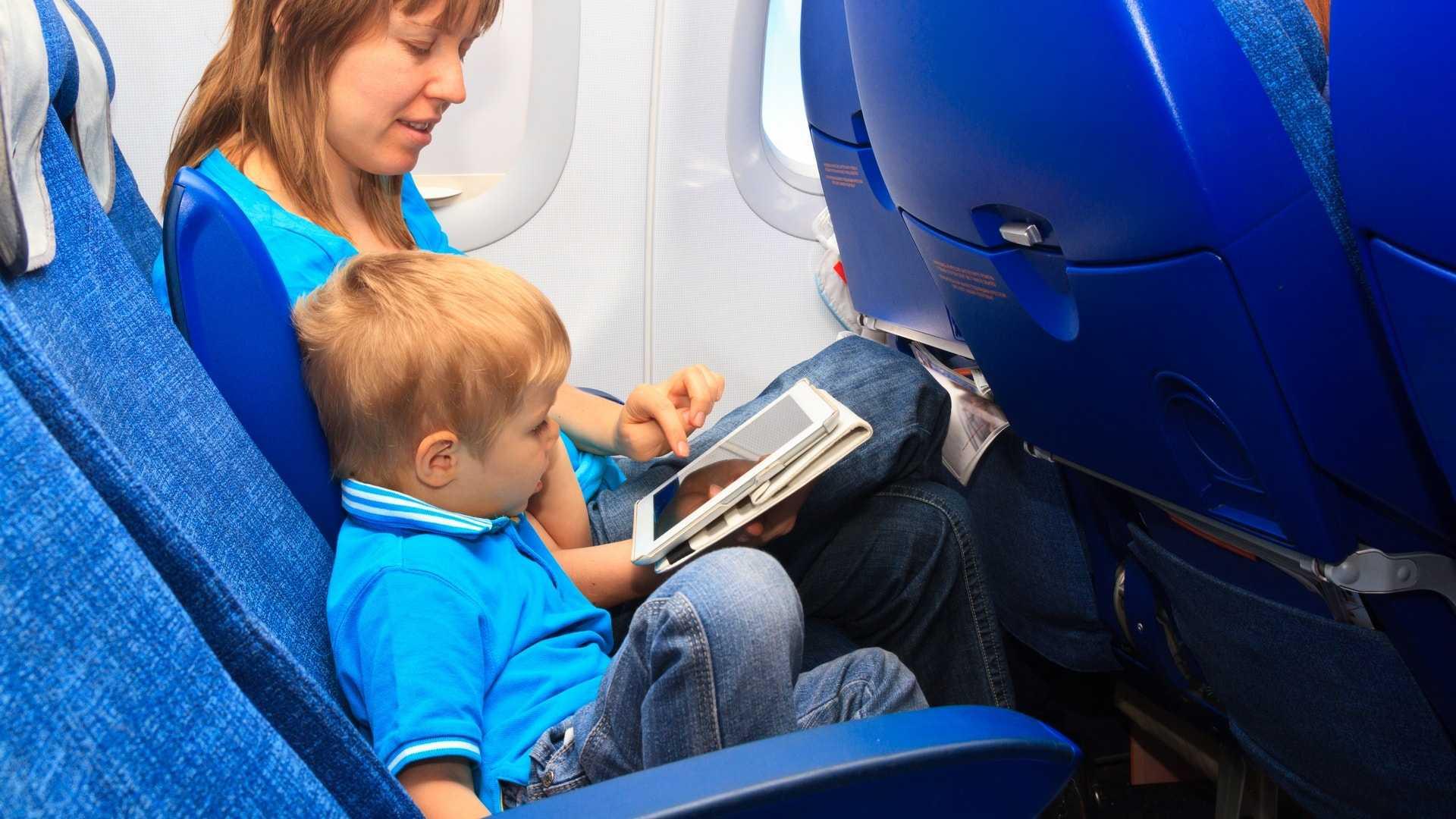 Чем занять ребёнка в машине: 25 веселых игр. игры и игрушки для малышей