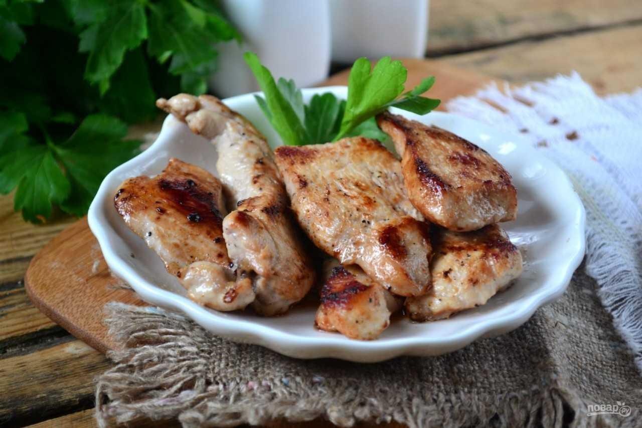 Как сделать домашние сосиски для детей. рецепт домашних куриных сосисок в пищевой плёнке