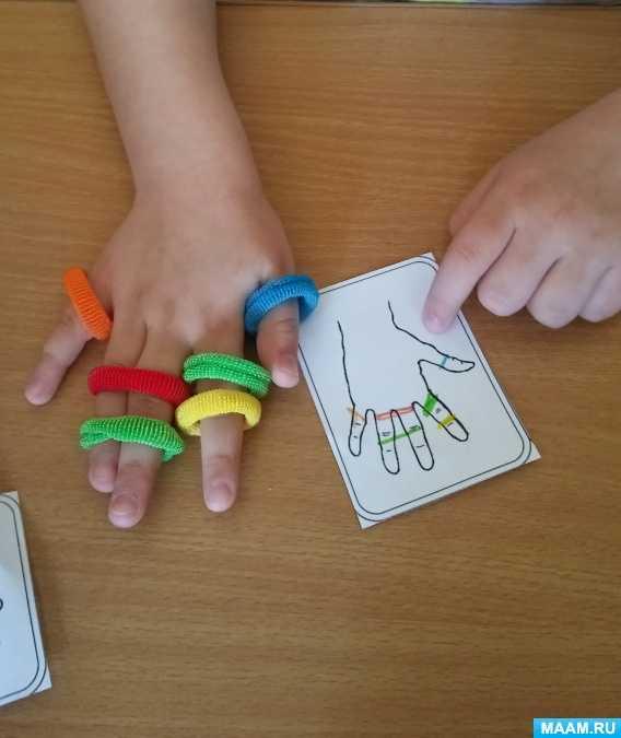 Как развлечь ребенка: детские игрушки из бытовых предметов