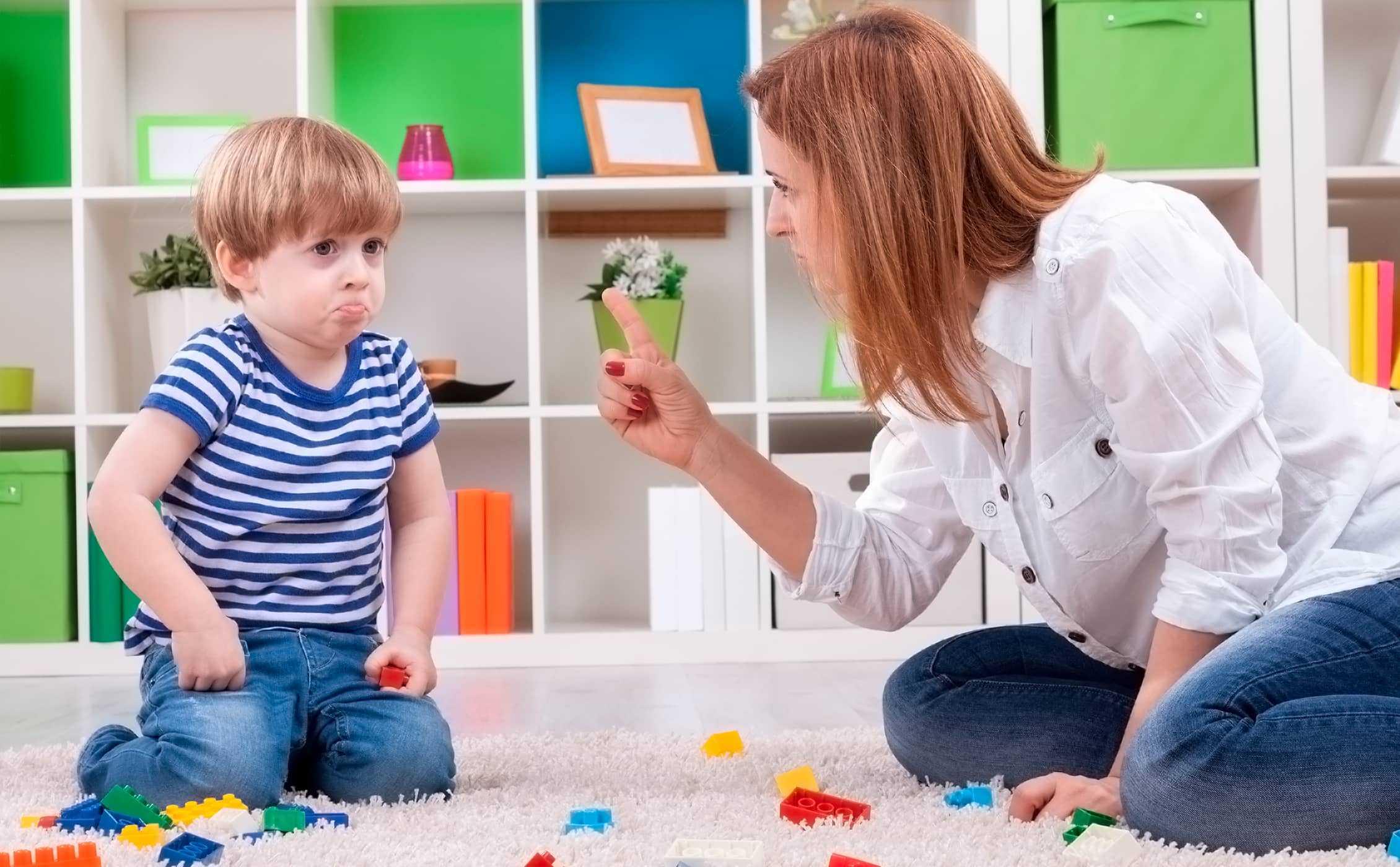 Ребенок не слушается в 4 года: советы психолога, занятия с детьми 3-4 лет, кризис в детском саду