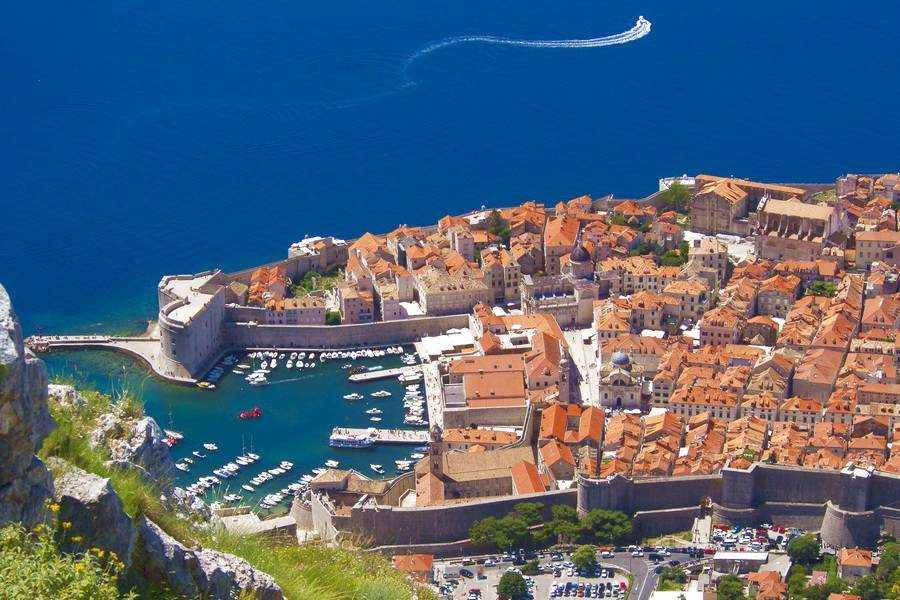 Где лучше отдыхать в хорватии на море?