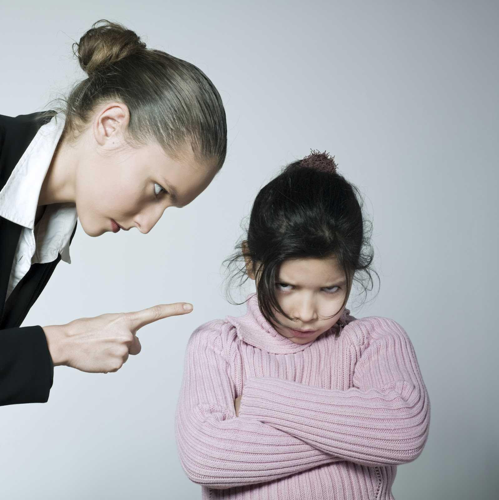Удобный (всегда послушный) ребёнок - это воспитание или его жертва?