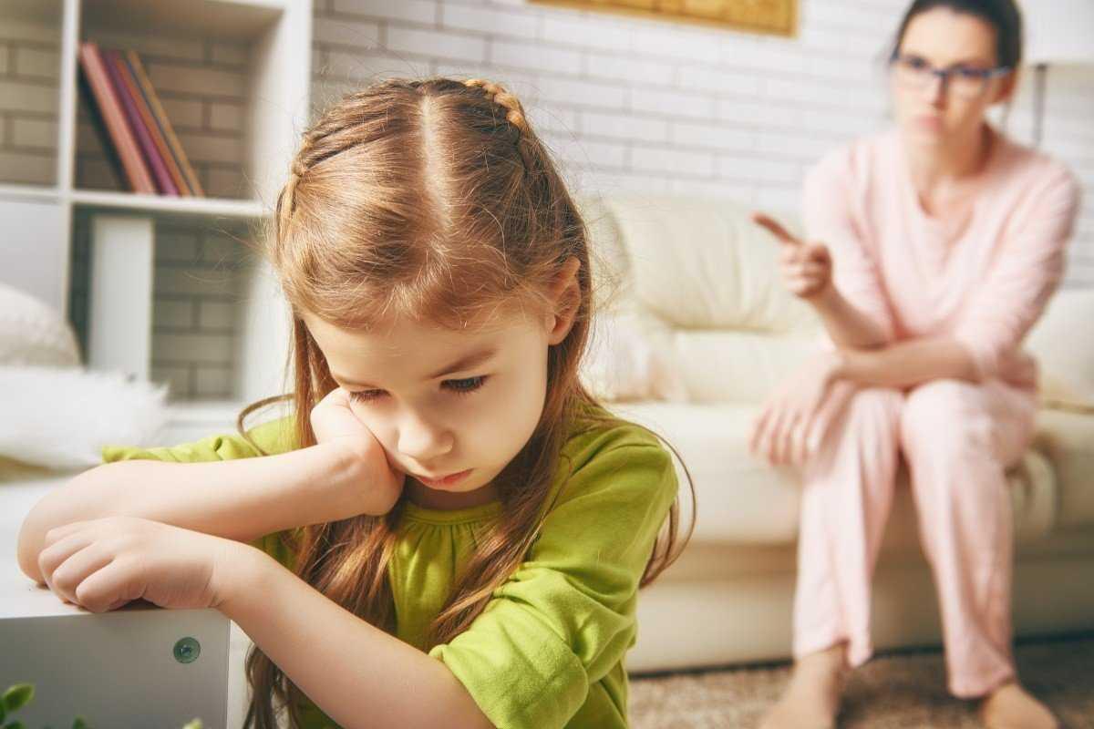 Как себя вести если ребенок не слушается: 6 правил воспитания детей