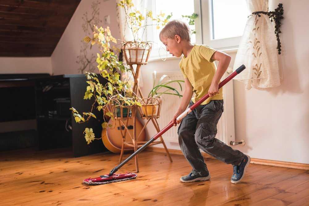 Домашние обязанности по возрасту ребенка: составляем список