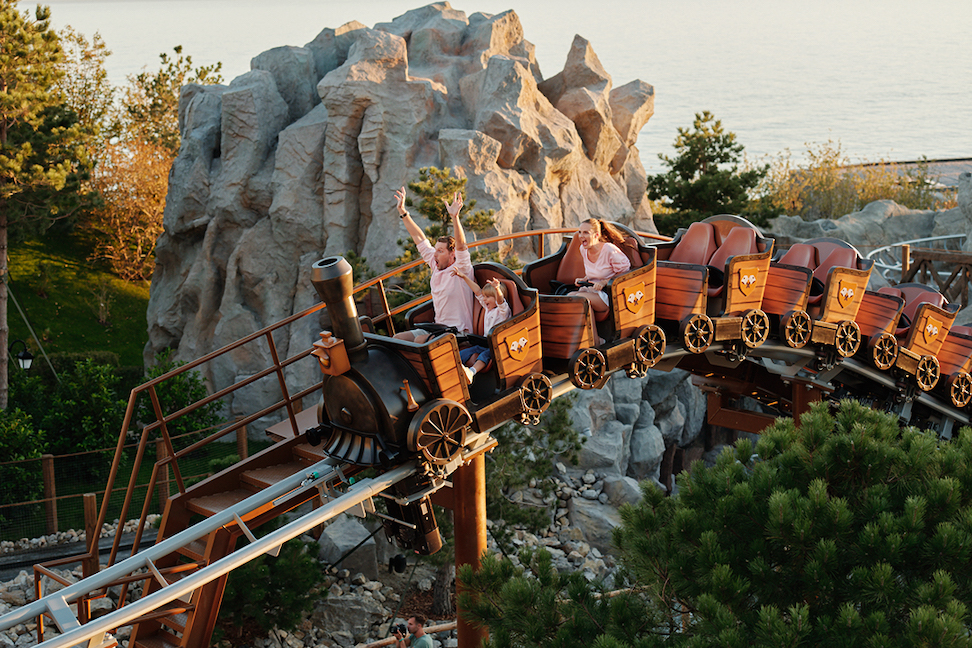 «дримвуд» — детский парк приключений и чудес в ялте