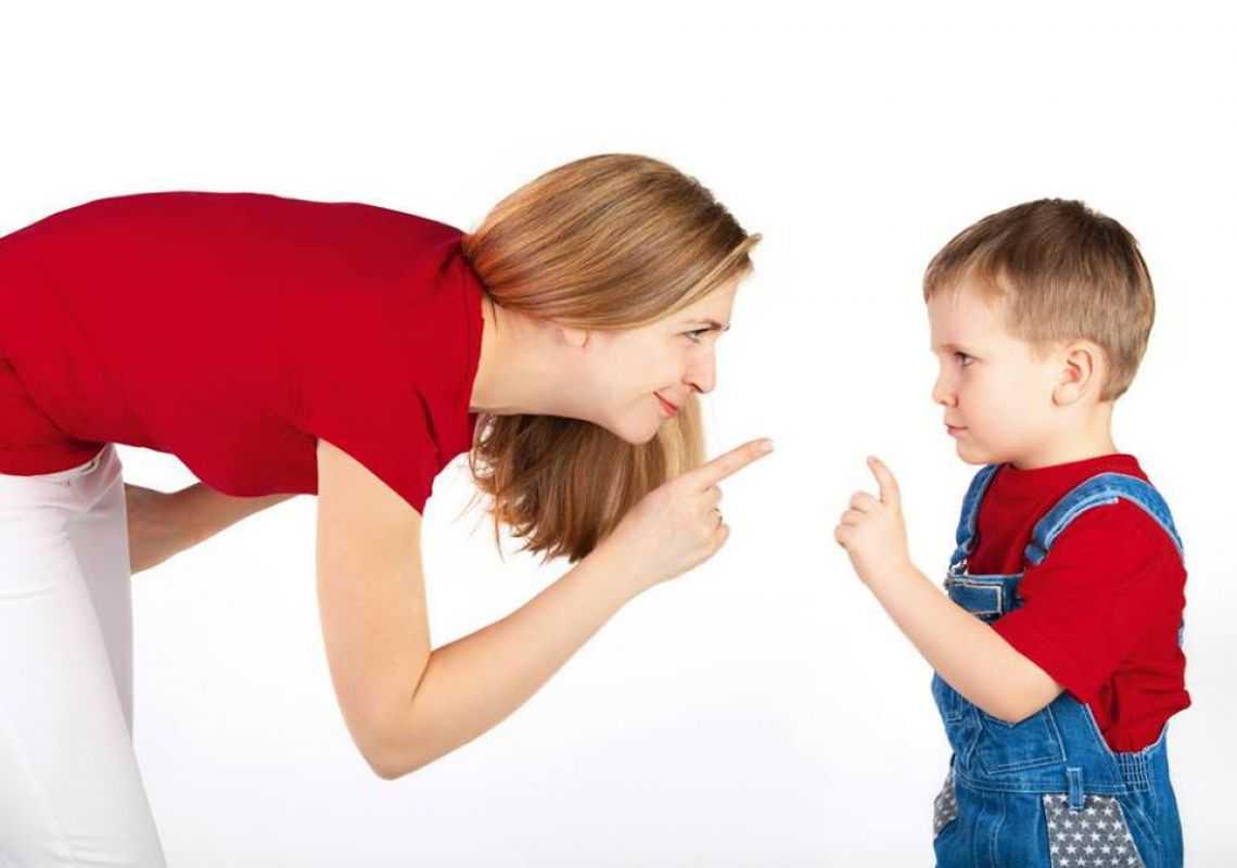Настрой родителей: кто устраивает травлю в школах   статьи   известия