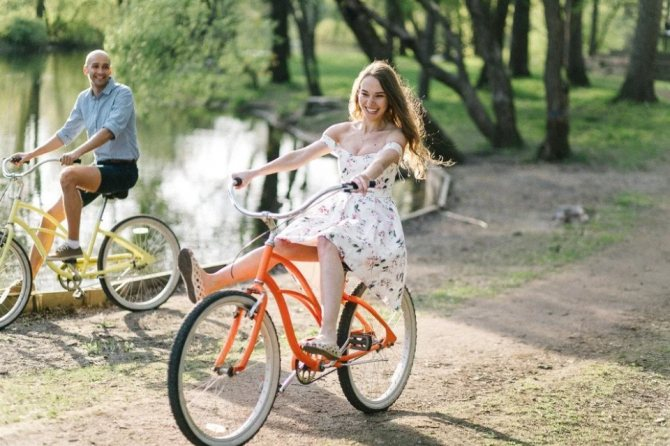 Можно ли ездить на велосипеде при беременности на ранних сроках, разрешается ли кататься во втором триместре?