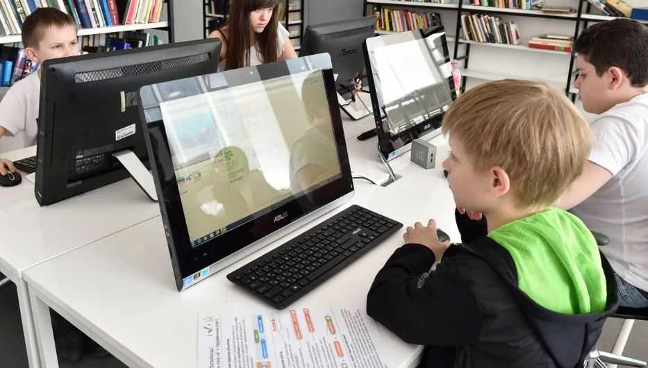Путеводитель по курсам: робототехника ипрограммирование дляучителей