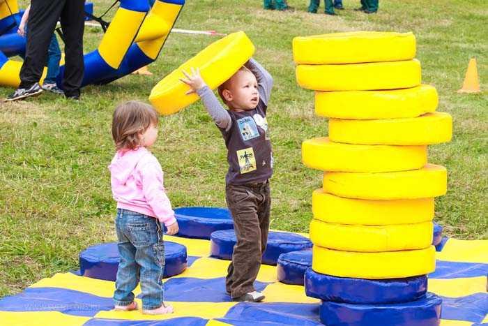 Веселые конкурсы для детей для небольших помещений