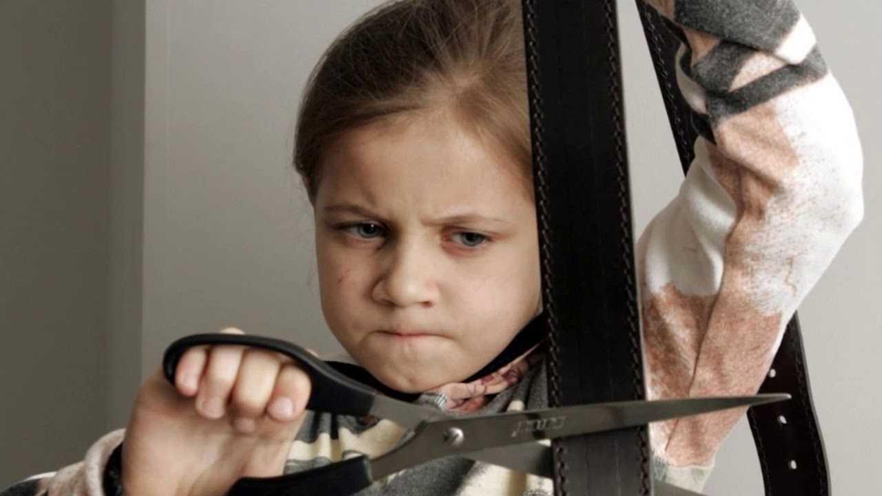 6 причин, почему нельзя шлепать ребенка – счастливая женщина