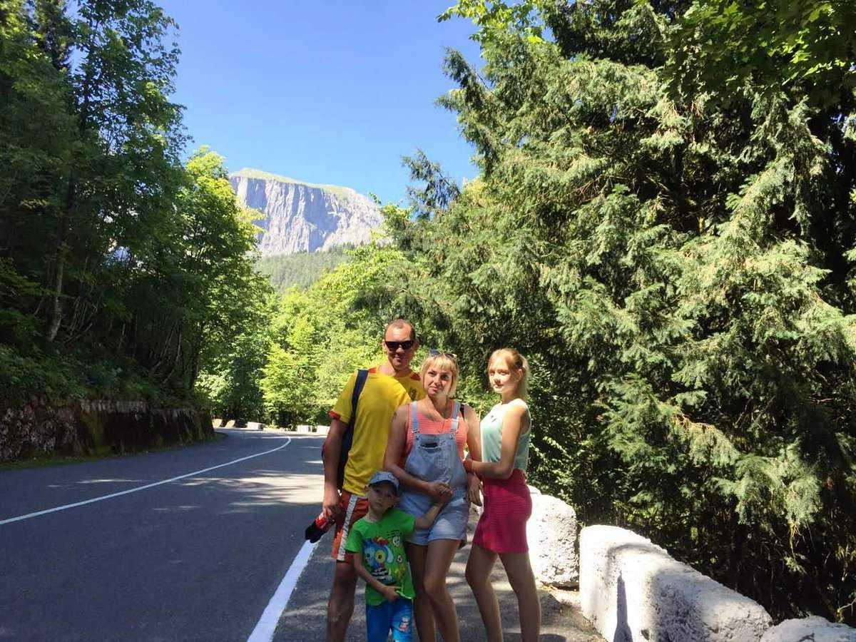 Отдых в абхазии с детьми: климат, песчаные пляжи, когда и куда поехать