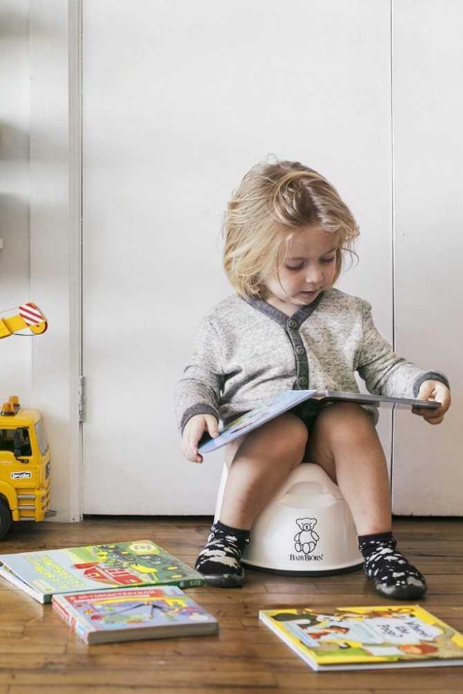 Когда и как отучить ребенка от подгузника - практика, советы