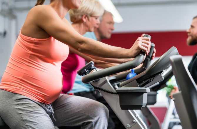 Можно ли беременным кататься на велосипеде: польза, противопоказания, правила безопасности