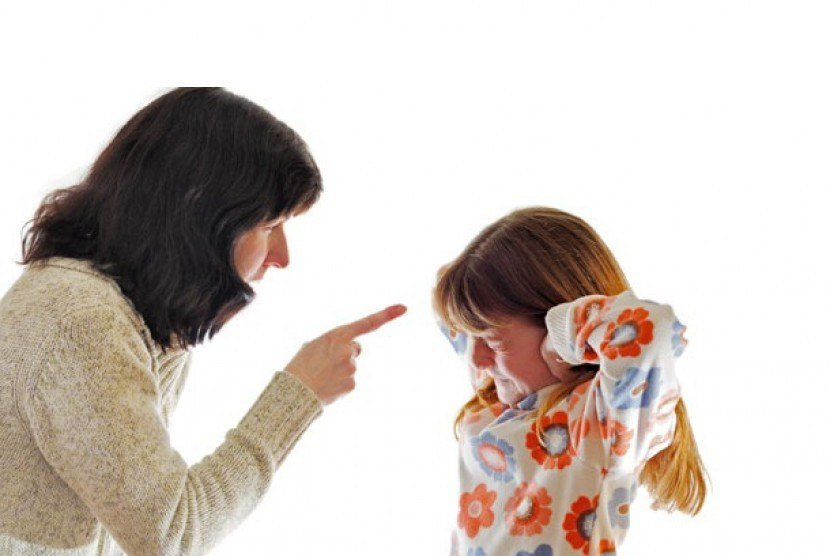 Как перестать кричать на детей и прислуживать подросткам