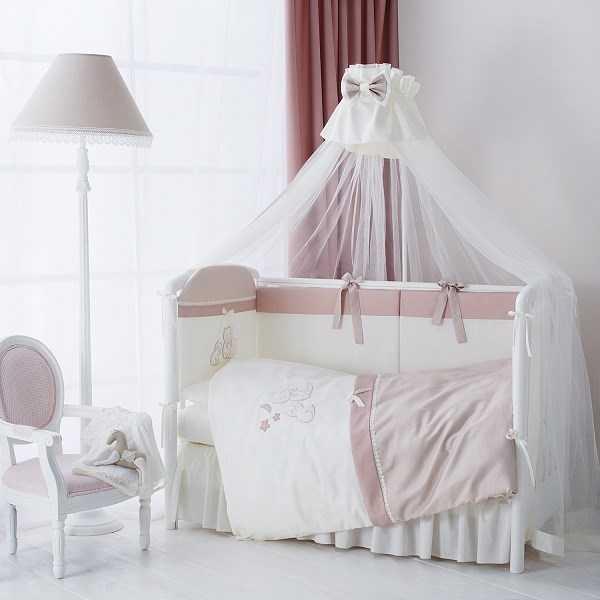 Комплекты в кроватку для новорожденных 7 предметов купить оптом, наборы в кроватку оптом