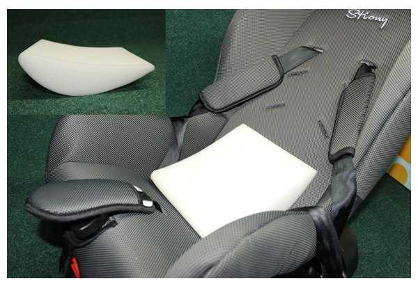 Вкладыш в автокресло для новорожденных (35 фото): универсальная вкладка-подушка и анатомическая подкладка в люльку