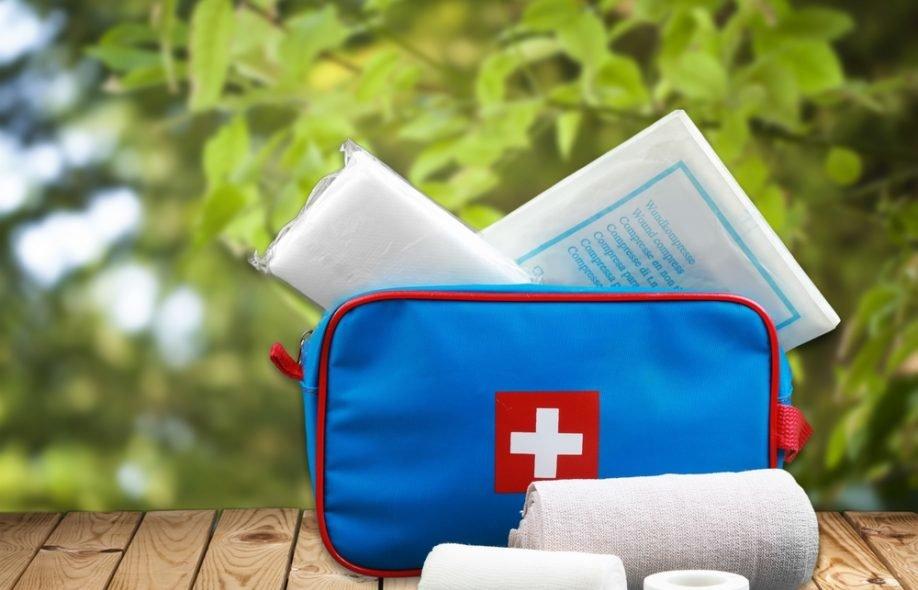 Путешествие с ребенком: список лекарств в дорожной аптечке