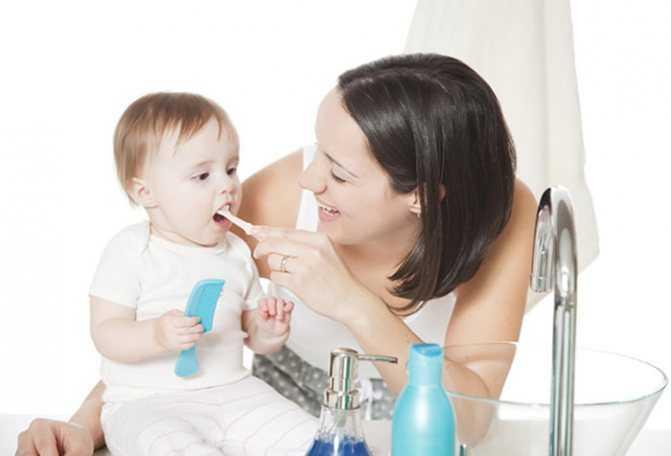 Как научить ребенка 2 лет чистить зубы проверено. | семья и мама