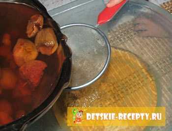 Как варить компот из сухофруктов для ребенка