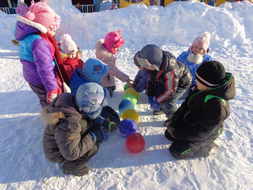 Зимние забавы с детьми: игры со снегом | море творческих идей для детей